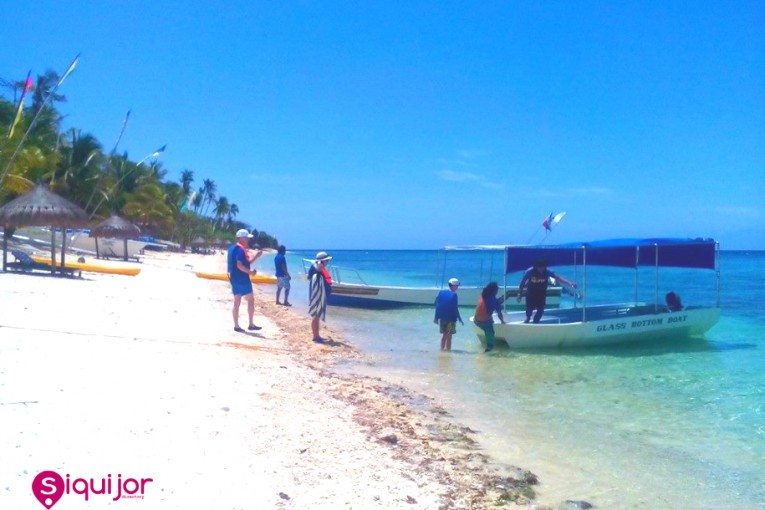Tubod Marine Sanctuary, San Juan, Siquijor .  Photo Credits: Gwyn Tumulak Balolong, Instagram: gwyntbalolong
