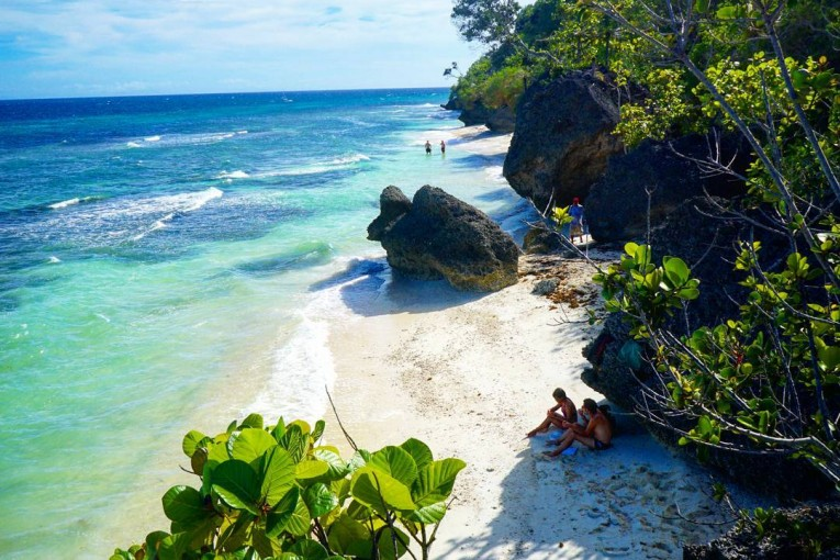 Kagusuan Beach , Maria Siquijor, Photo Credits: Flavia and Thomas Website:  http://www.passport-to-paradise.ch Instagram: https://www.instagram.com/flavia_and_thomas/