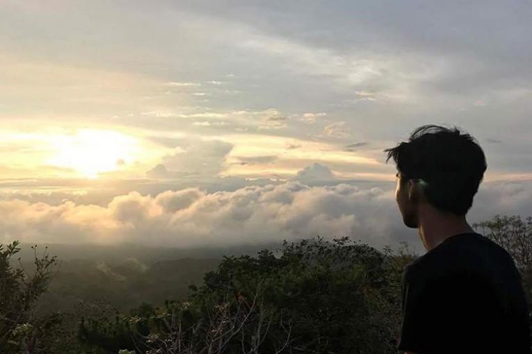 Mt. Bandilaan View Park, Siquijor, Siquijor,  Photo Credits:  Eiryl M. Ligutom Instagram: https://www.instagram.com/eiiiiiryl/