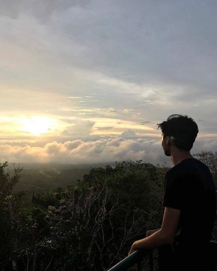 Mt. Bandilaan View Park Photo Credits: Eiryl M. Ligutom Instagram: https://www.instagram.com/eiiiiiryl/